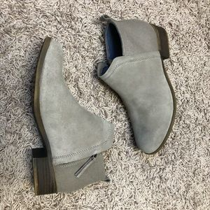 TOMS Deia Suede & Wool Bootie in Taupe - Size 8